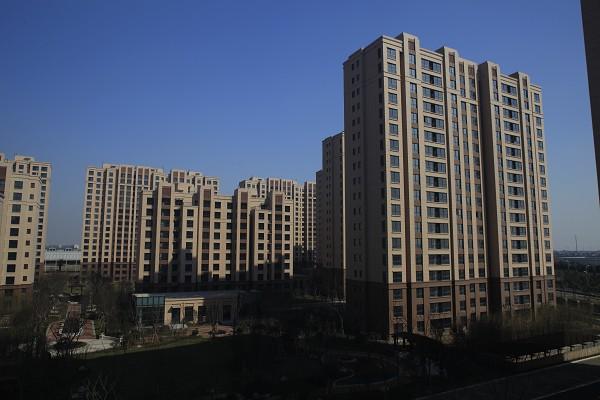 """上海临港产业区""""先租后售""""园区"""